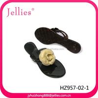beauty design rubber shoes pvc strap slipper ladies crystal pvc shoes plastic footwear