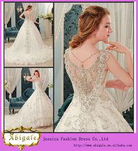 Cristales balón vestido con cuello en V de la falda de tul de novia de encaje vestido de boda vestido Rhinestones (MN1087)