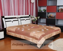 100% polyester satin quilt flower embroidery soft touch feeling patchwork quilt cover made in china