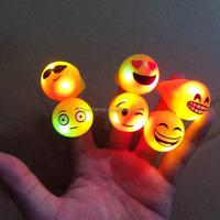 Hot Selling Flashing Emoji Party Rings 6 Pattern Funny Kids Ring Holloween Ring