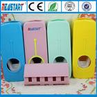 Distribuidor Automático dentífrico e porta-escovas