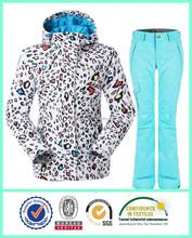 El más barato de gama alta la mujer pantalones de esquí y chaquetas para la promoción