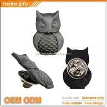 antique silver metal night owl design 3D pin badge
