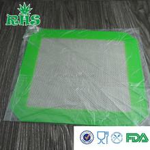 Alibaba wholesale anti slip rubber mat jingtong supplier , non stick silicone baking mat