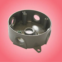 """4"""" ROUND BOX 1-1/2"""" DEEP, 5 OUTLET HOLES - 1/2"""" SIZE DEVICE MOUNT - GRAY ."""