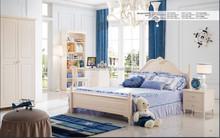 Mobília da sala , incluindo cama guarda-roupa da filha