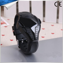 2015 Hot Style LED Watch Digital Fashion Cobra Men Wathces Colorful Silicon e Snake Dial Sports Wristwatches LMW-3