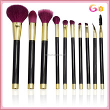 Private label 10pc makeup brush set black handle and shiny gold ferrule with burgundy hair bristles