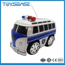 2.4 G 2CH coche eléctrico <span class=keywords><strong>de</strong></span> control remoto rc <span class=keywords><strong>juguete</strong></span> autobús con linterna policía y música
