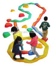 Interesante los niños de plástico de juguete