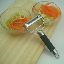 Comfortable Rubber Material Handle Two Functions Peeler