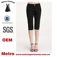 Manufacture Summer Cotton Women Half Size Pants with Floral Bottom