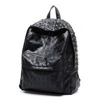 Cathylin Free Shipping Wholesale Punk Skull Heads Rivet Preppy Style backpack Bags Women and Grils Daily Travel Backpacks