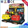 Complet- mouvement arcade. jeux d'arcade de course de voiture