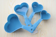 4 pcs plastic heart shaped measuring cut set