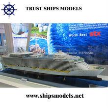 Modelo de nave criuse miniatura para regalos de empresa
