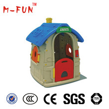 indoor or outdoor cheap plastic play house equipment