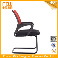 New Design Fashion Low Price Modern Classic Chair 982