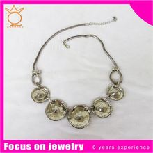 Neon link empty cup chain necklace with crystal flower