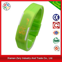 R0775 Competitive price man watch,China wholesale man watch