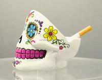 Special leadfree customized skull head shaped ashtray popular model luxury hotel glassware supplier