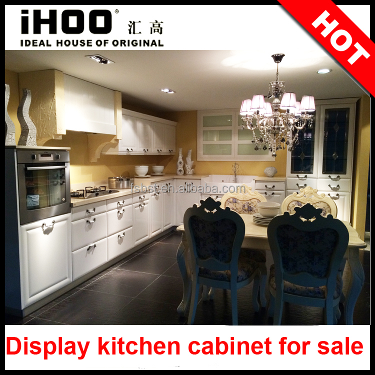 Showroom Display Kitchen Cabinet For Sale Blum Hardware Formica Countertop