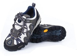 Outdoor Camping Hiking Shoes Climbing Shoes Hiking Sports shoes 2015