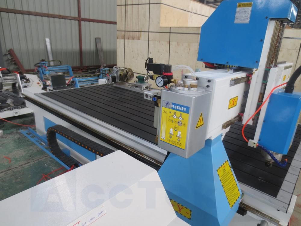 Jinan Usine producteur bois cnc routeur machine 1325 Mach3 contrôleur Ttable