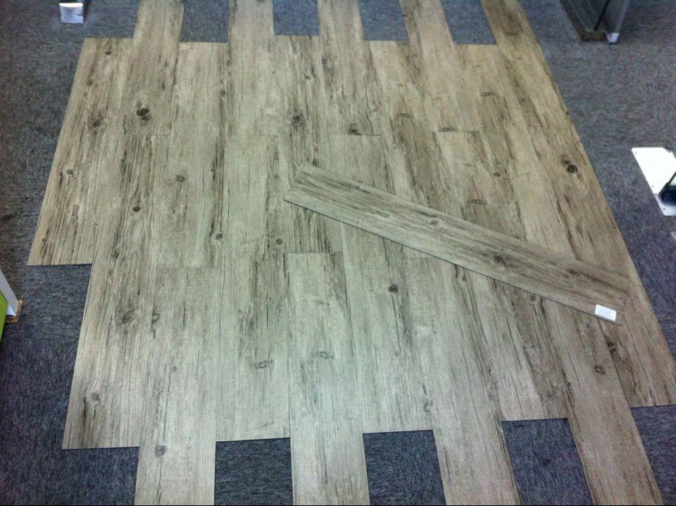 Interlocking vinyl floor tiles wood floors for High quality vinyl flooring