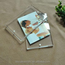 SGS Clear Acrylic Digital Photo Frame To Display