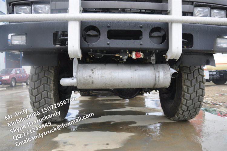 6x6 off-road water truck (4).JPG
