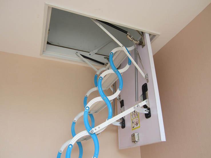 Idraulico elettrico scale soffitta pieghevole, scala telescopica ...