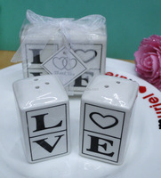 Wholesale Ceramic LOVE Salt and Pepper Shaker Wedding Party Favors