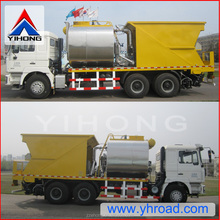 Chip sealer with 6CBM asphalt tank