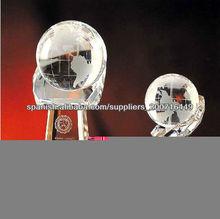 hermoso trofeo de cristal