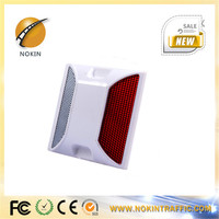 China manufacturer cheap price ABS plastic PMMA Lens reflective road line marker