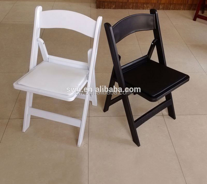 Wholesale Low Price Food Stall White Table And Chairs Banquet Folding Chairs