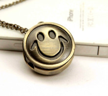 Factory Direct Sales! New Arrival Quartz Fashion Jewelry Vintage Classic Smile Face Chain Pocket Watch