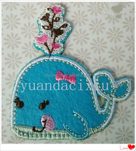 2015 new fabric embroidery design applique embroidered iron on bird
