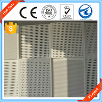 Perfect!Factory supply Eco-friendly standard reinforce soundproof pvc coated perforated gypsum ceiling boards for sale