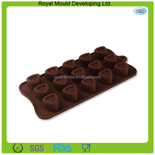Unique triangle shape silicone cholate molds,silicone baking pan molds for chocolate