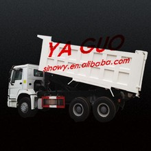 2015 HOWO industrial chemicals dump trucks sale
