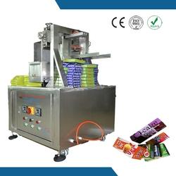 High packing efficiency and 304 stainless steel jujube mud cake box gluing machine