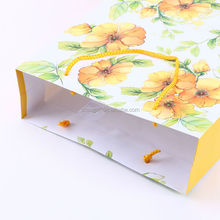 wholesale retail christmas paper bag/luxury paper shopping bag/art paper bag with factory price