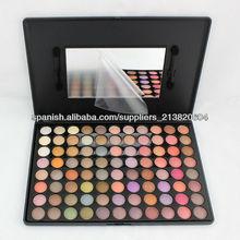 cosméticos componen la gama de 88 colores