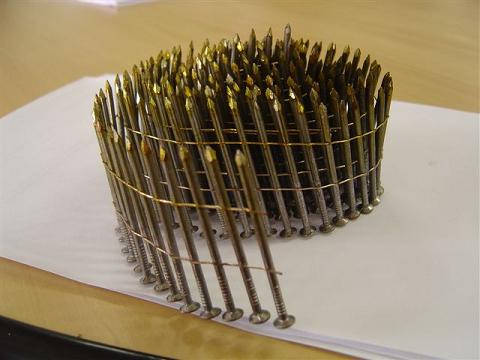 Coil Nails 55mm x 2,7mm x 0,65mm(wire diameter) 002.JPG