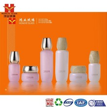 Fashion Packaging wood grain empty cosmetic sets spray glass bottle with pump HY1371