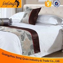 Cushions And Bed Runners /Decorative Size of Queen Hotel Bed Runner