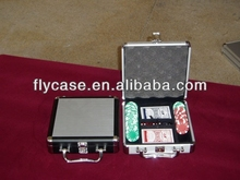 Aluminum stylish design and impactful professional custom poker chip set with roulette with competitive price
