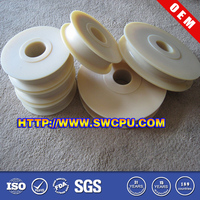 Solid rubber spoke wheel